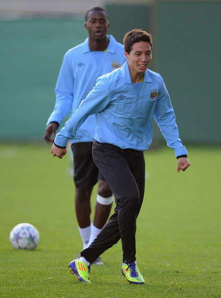 Samir+Nasri+Manchester+City+Training+Press+95YZSDjUdBql